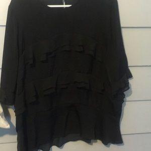 Black layered 3/4 sleeve